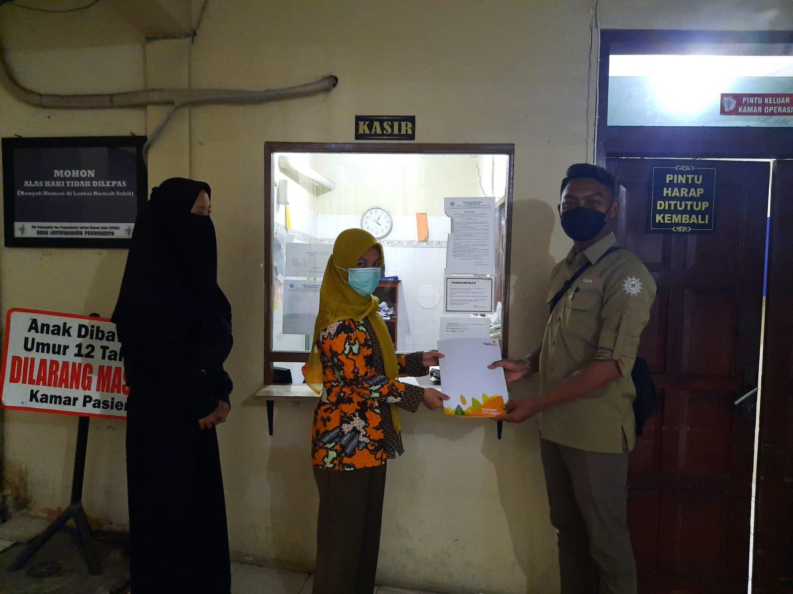 Bantuan Operasi Hernia Bapak Rahmat Sogya Oleh Lazismu Banyumas